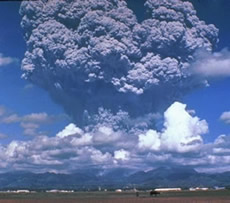 Volcanic Hazards. Mount Pinatubo eruption Phillipines